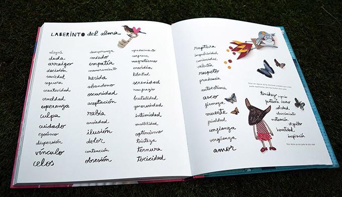 libreria-semuret-sorteo-dia-del-libro-laberinto-alma-ana-llenas-img3