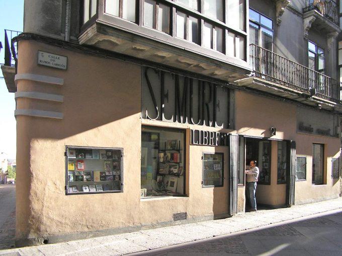 Traspasamos Librería-Editorial Semuret